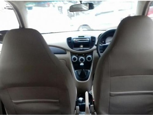 Used Hyundai i10 car for sale at low price-2