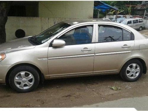 Used Hyundai Verna car for sale at low price-9