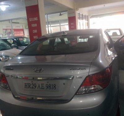 Sedan Hyundai Verna CRDi 1.6 SX 2013 by owner