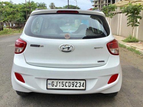 Good as new Hyundai i10 Sportz 2015 for sale