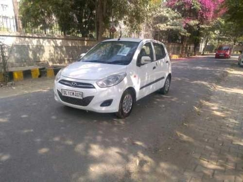 Good as new 2011 Hyundai i10 for sale at low price