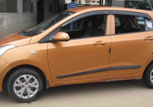 Good as new 2014 Hyundai i10 for sale at low price