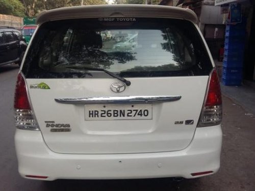Good as new 2011 Toyota Innova 2004-2011 for sale