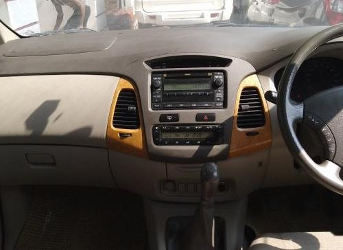 Used 2012 Toyota Innova 2004-2011 car at low price-9