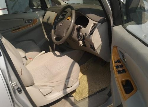 Used 2012 Toyota Innova 2004-2011 car at low price-8