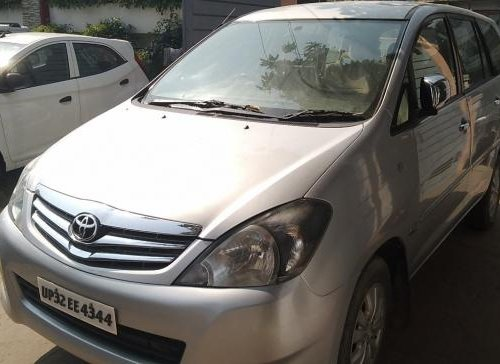 Used 2012 Toyota Innova 2004-2011 car at low price