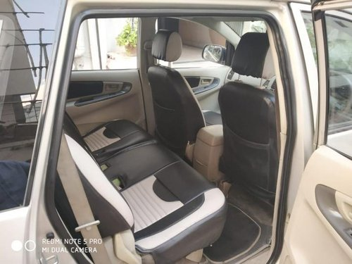 Used 2012 Toyota Innova car at low price