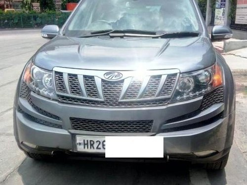 Used Mahindra XUV500 W6 2WD 2014 by owner