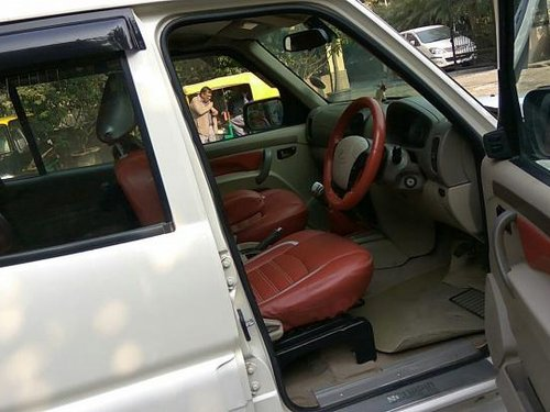 Mahindra Scorpio 2009-2014 VLX 2WD 7S BSIV 2011 by owner