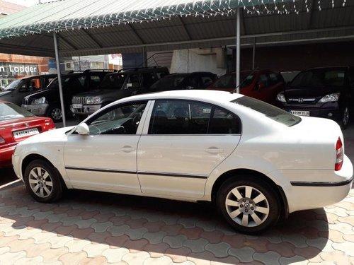 Used 2006 Skoda Superb car at low price