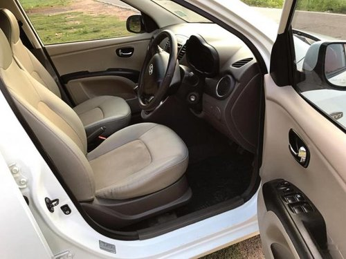 Good as new 2011 Hyundai i10 for sale