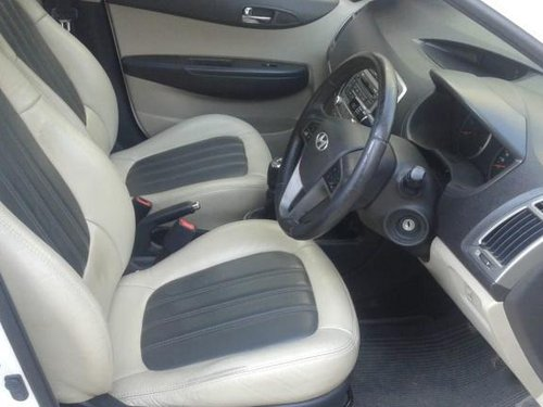 Used 2013 Hyundai i20 car at low price-7