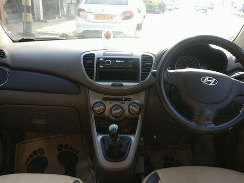 Used 2013 Hyundai i10 car at low price