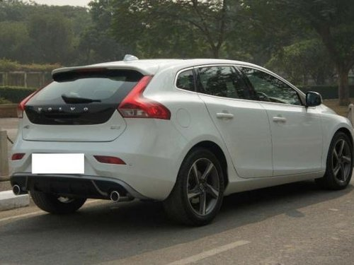 Used 2017 Volvo V40 car at low price for sale