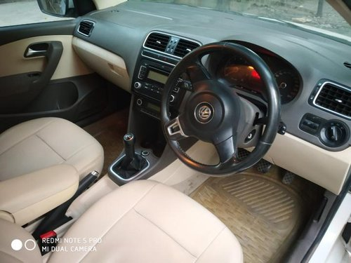 Used 2011 Volkswagen Vento car at low price-6