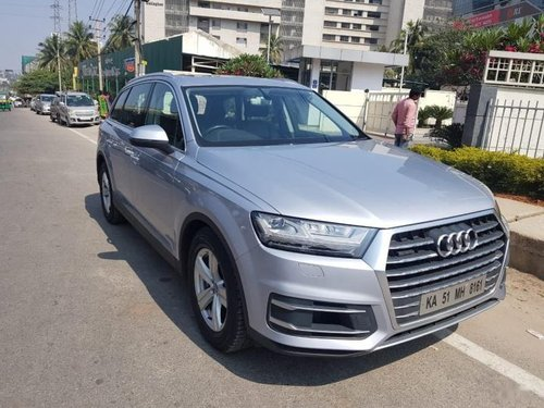 Used Audi Q7 2016 car at low price