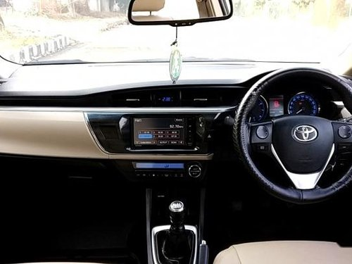 Used Toyota Corolla Altis G MT 2015 for sale