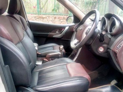 Mahindra XUV500 W8 2WD by owner