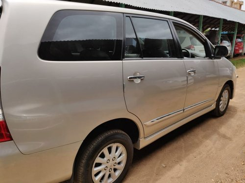 Toyota Innova 2.5 V Diesel 7-seater 2014 for sale-5