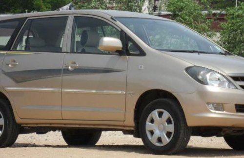 Toyota Innova 2.0 G2 2005 for sale-10