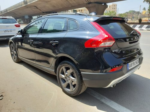 Used Volvo V40 car 2015 for sale at low price-9
