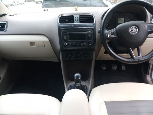 Used Skoda Rapid 2014 car at low price-9