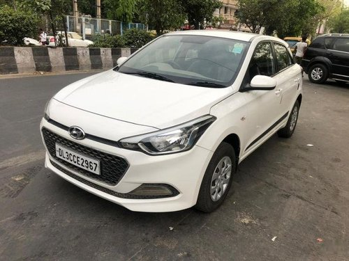Used Hyundai i20 car at low price-18