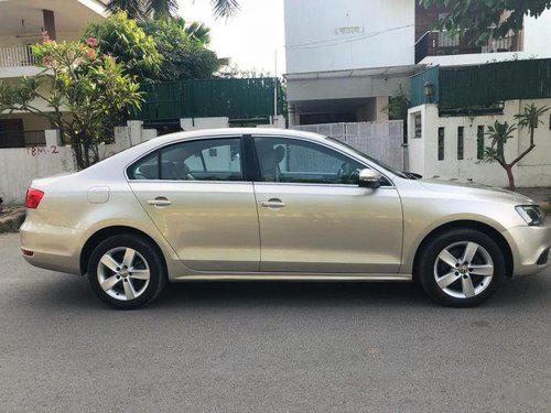 Used 2013 Volkswagen Jetta  2.0 TDI Comfortline MT 2007-2011 for sale-1
