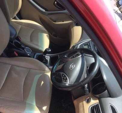 Used Hyundai Elantra CRDi SX MT car at low price