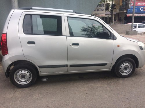 Used 2010 Maruti Suzuki Wagon R LXI Petrol MT for sale in New Delhi-2
