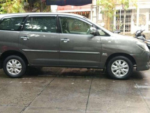 2011 Toyota Innova MT for sale at low price-6