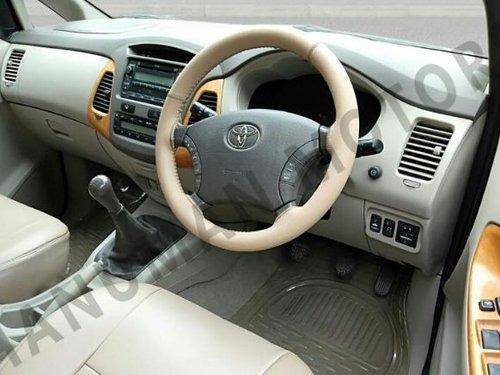 2011 Toyota Innova 2.5 V 7 Seater Diesel MT for sale in New Delhi