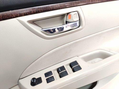2015 Maruti Suzuki Swift Dzire VXI BSIV Petrol MT for sale in New Delhi