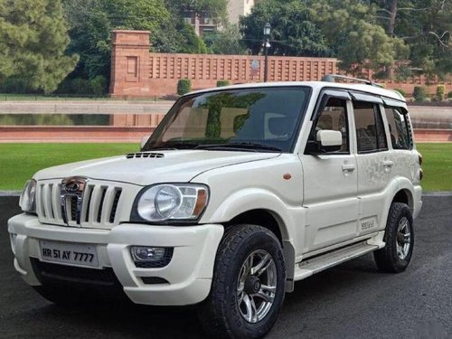 Used 2013 Mahindra Scorpio  VLX MT for sale-6