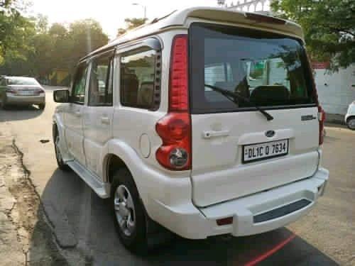 2014 Mahindra Scorpio SLE BSIV Diesel MT for sale in New Delhi