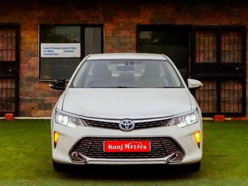 Used 2016 Toyota Camry AT for sale