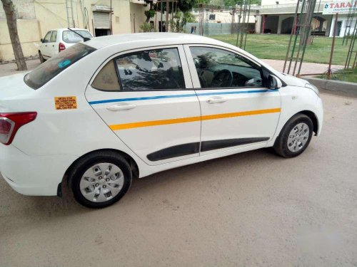 Hyundai Xcent 2016 MT for sale