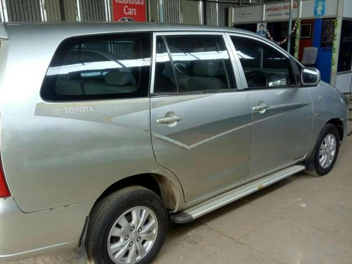 Toyota Innova 2.0 G1, 2005, Diesel MT for sale -1