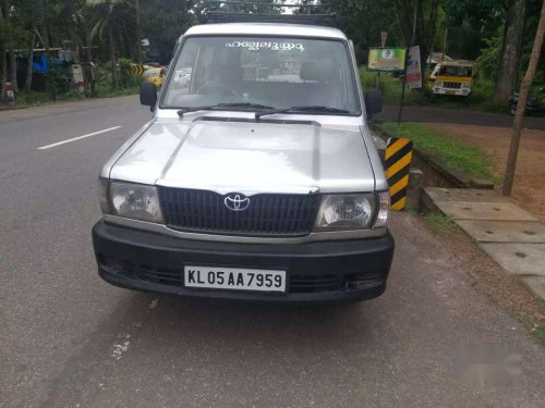 Used Toyota Qualis 2003 MT for sale at low price
