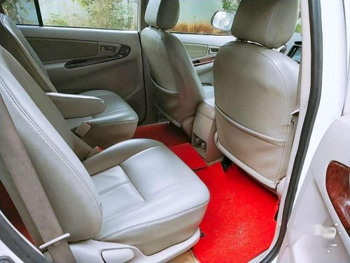 Used 2011 Innova  for sale in Palakkad