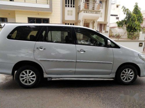 Toyota Innova 2013 MT for sale -8