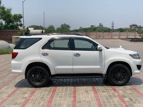 Toyota Fortuner 2011-2016 4x2 4 Speed AT for sale