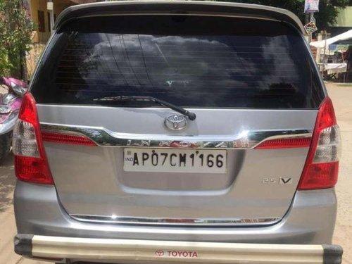 Used Toyota Innova 2.0 V, 2015, Diesel MT for sale