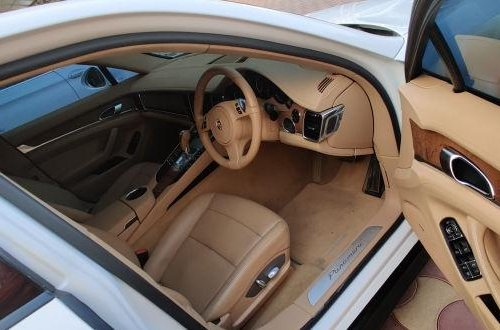 Used Porsche Panamera AT 2010-2013 car at low price