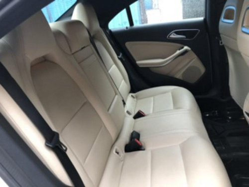 Used Mercedes Benz 200 AT car at low price in Chennai