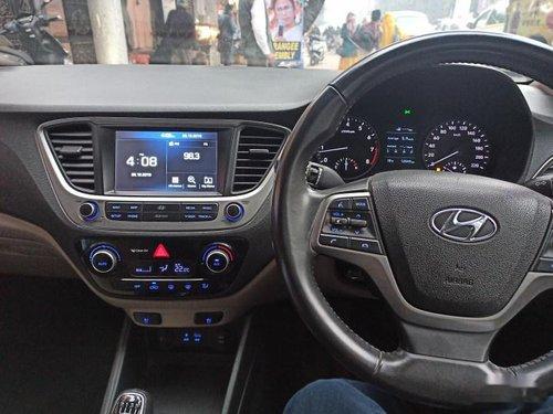 Hyundai Verna 1.6 VTVT SX Option 2017 MT for sale in Kolkata