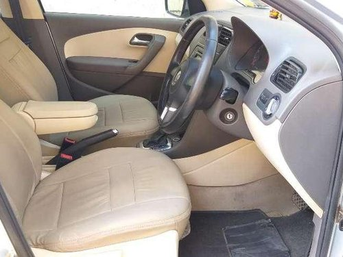 Volkswagen Vento Highline Petrol Automatic, 2011, Petrol AT for sale in Thane