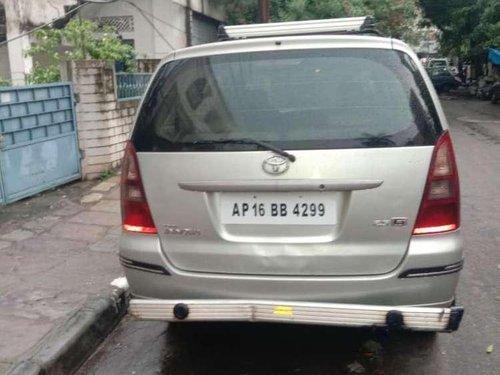 Used Toyota Innova 2.5 G4 8 STR, 2007, Diesel MT for sale in Hyderabad