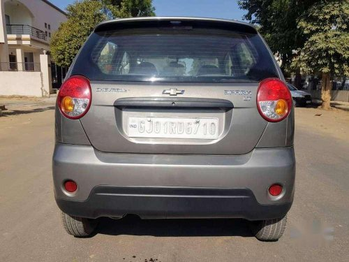 Chevrolet Spark 1.0 2013 MT for sale in Ahmedabad