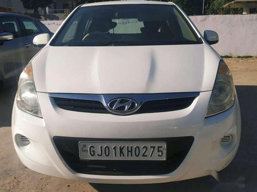 Hyundai i20 Sportz 1.2 2011 MT for sale in Ahmedabad -12